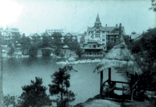 Mohonk Mountain House in 1888 91